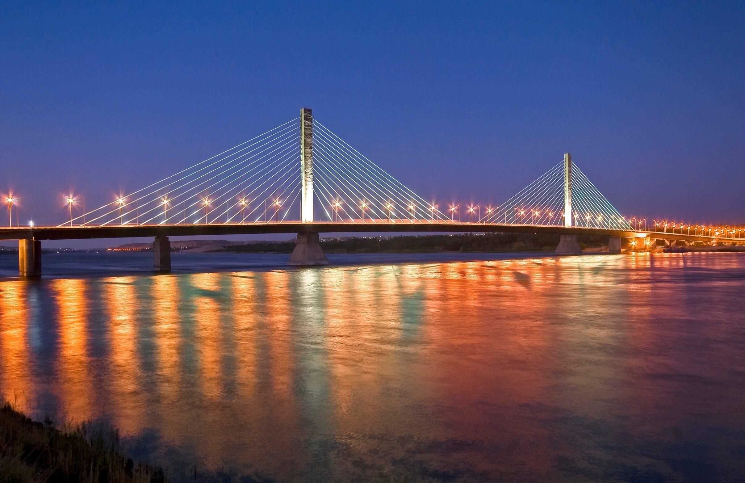 جسر أسوان